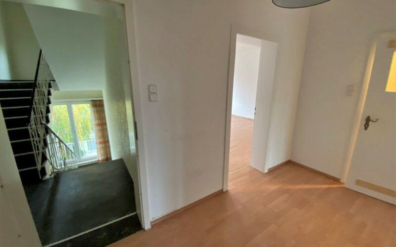 Eingang & Treppenhaus